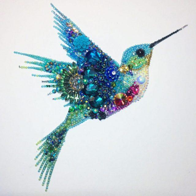 Объемная фигурка птички колибри