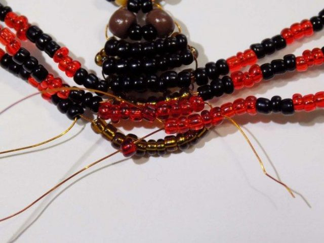 Схема плетенияпаука из бисера