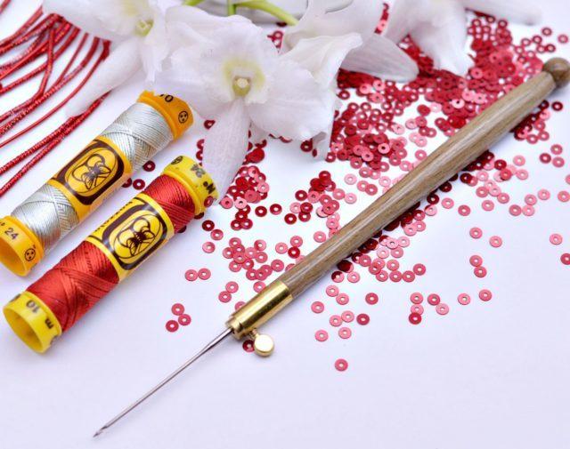 Крючок для вязания бисером