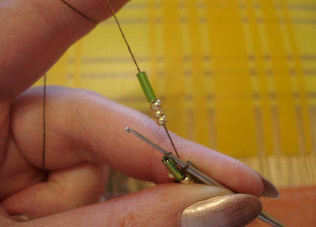 Турецкий способ вязания жгута из бисера крючком