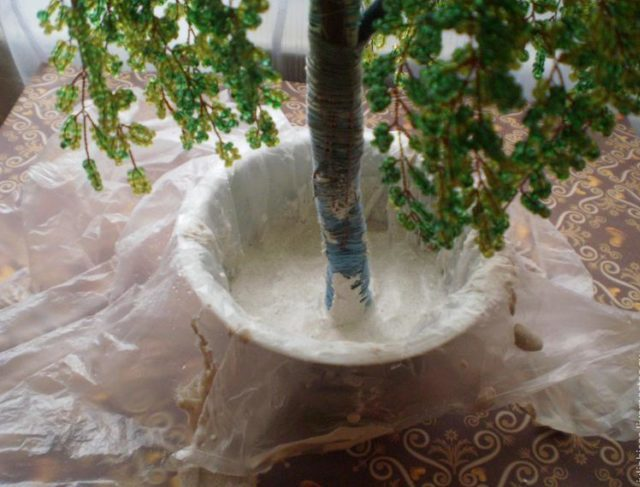 Заливка дерева в горшок