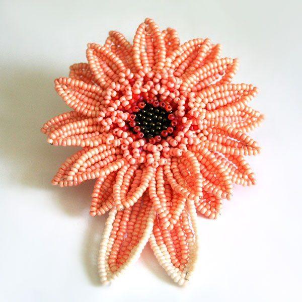 Техника плетения цветов: пошаговая инструкция