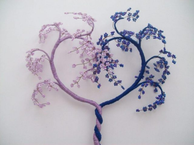 Мастер-класс создания дерева-сердце из бисера