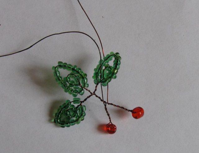 Плетение листиков вишни