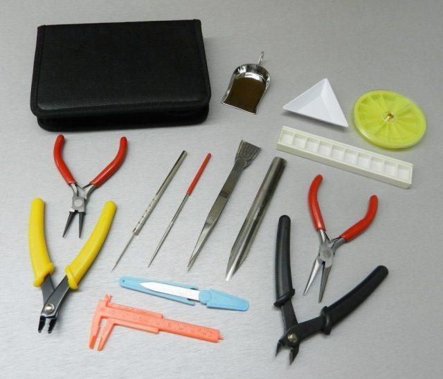 Подготовка инструментов и материалов для работы