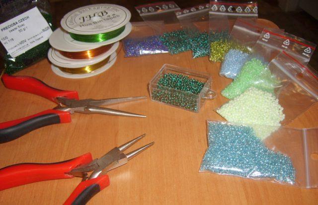 Необходимые материалы и инструменты для работы