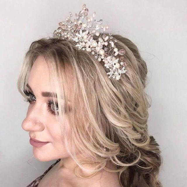 Роскошная корона из проволоки