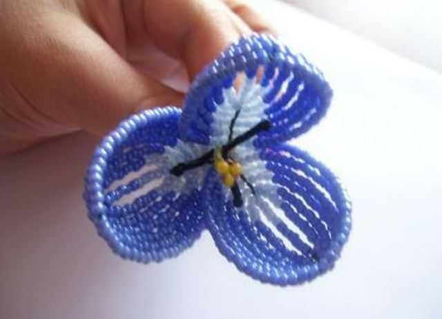 Пошаговая инструкция плетения тюльпана