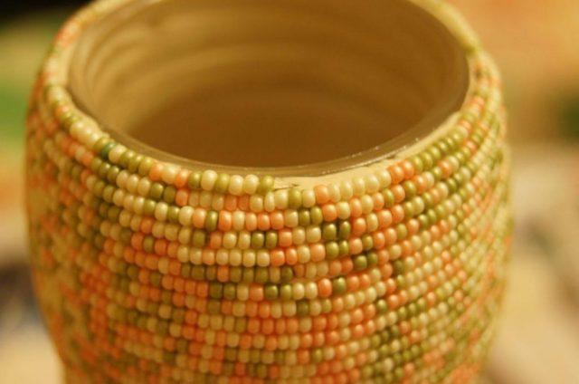 Ваза для цветов из бисера
