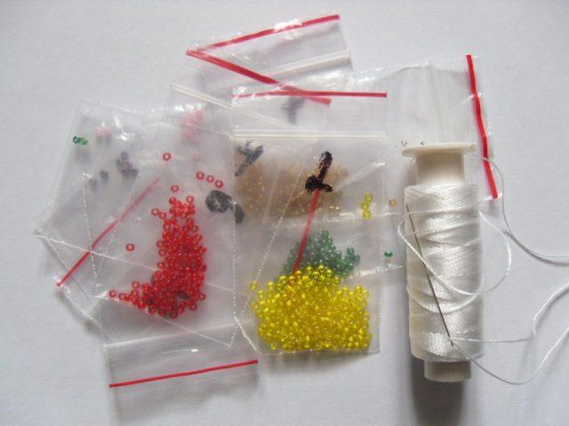 Материалы для вышивки бисером